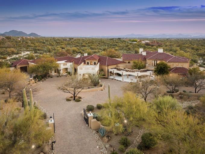Vivienda unifamiliar for sales at Elegant Scottsdale Estate 27929 N 91ST ST   Scottsdale, Arizona 85262 Estados Unidos