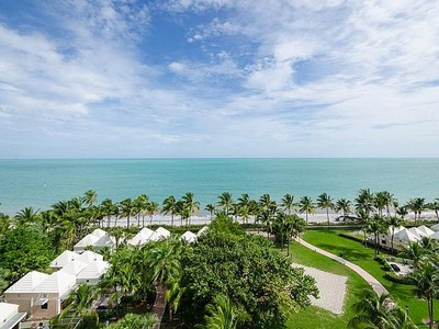 共管物業 for sales at Ocean Tower Two 791 Crandon Blvd #808 Key Biscayne, 佛羅里達州 33149 美國