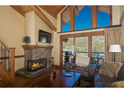 Casa Unifamiliar for sales at Skier's Dream 400 Wood Road Unit 2302 Snowmass Village, Colorado 81615 Estados Unidos
