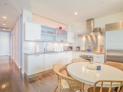 Appartement en copropriété for sales at Loft Condo 360 Newbury Street Unit 702 Boston, Massachusetts 02115 États-Unis