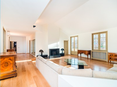 Apartment for sales at Stunning modern apartment Via Montenapoleone Milano, Milan 20121 Italy