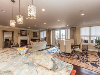 Condominio for sales at Park Place Condominium 268 Broadway  Saratoga Springs, Nueva York 12866 Estados Unidos