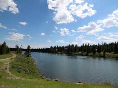 土地,用地 for sales at Henry's Fork River Homesite 3 4044 Elk Ridge Drive Island Park, 爱达荷州 83429 美国