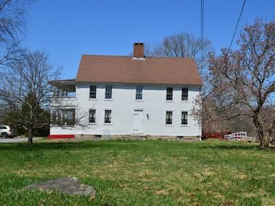 Vivienda unifamiliar for sales at Beautiful Antique 55 Rose Hill Road Ledyard, Connecticut 06339 Estados Unidos