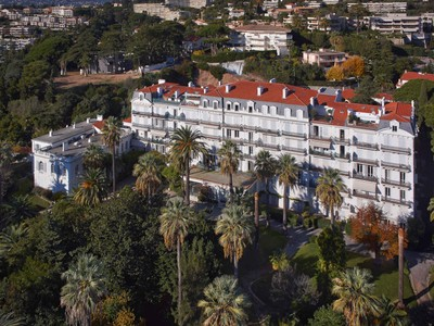 Appartamento for sales at Luxury Bourgeois apartment for sale in CannesCroix des Gardes  Cannes, Provenza-Alpi-Costa Azzurra 06400 Francia