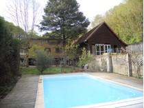 Casa Unifamiliar for sales at ST DIDIER  AU MT D'OR  PROPRIETE SUR 7500 M2 Saint Didier Other Rhone-Alpes, Ródano-Alpes 69370 Francia