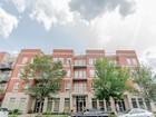 コンドミニアム for  sales at Bright, Spacious Condo in Premier Location! 1415 Sherman Avenue Unit 406   Evanston, イリノイ 60201 アメリカ合衆国