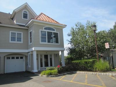 Кооперативная квартира for sales at Drawbridge West 10 Waters Edge  Brielle, Нью-Джерси 08730 Соединенные Штаты