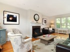 Townhouse for  sales at Delightfully MINT Townhouse 464 Esplanade   Pelham, New York 10803 United States