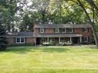 独户住宅 for sales at Rochester Hills 665 Apple Hill Lane Rochester Hills, 密歇根州 48306 美国
