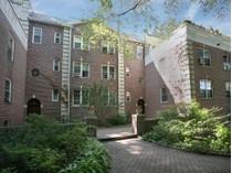 Mietervereinswohnung for sales at Sunny Brook Gardens 846 Palmer Avenue #2C   Bronxville, New York 10708 Vereinigte Staaten