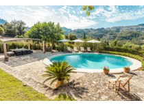 Villa for sales at Country estate with beautiful views in Pollensa    Pollenca, Balearic Islands 07460 Spagna