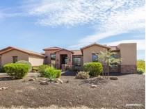 Einfamilienhaus for sales at Sweepng Views in a Private Desert Setting in Las Sendas 8121 E Echo Canyon Street   Mesa, Arizona 85207 Vereinigte Staaten