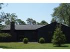 Vivienda unifamiliar for sales at Rustic Ranch 5 Godfrey Lane Remsenburg, Nueva York 11960 Estados Unidos