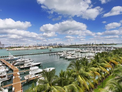 共管物業 for sales at 400 Alton Rd #610  Miami Beach, 佛羅里達州 33139 美國