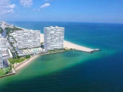 Condominio for sales at Point of Americas 2200 S Ocean Ln #2006 Fort Lauderdale, Florida 33316 Stati Uniti
