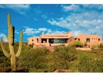 Casa para uma família for sales at Stunning Custom Home with Views in Desert Mountain 41083 N 109th Place   Scottsdale, Arizona 85262 Estados Unidos