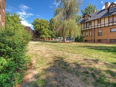Đất đai for sales at Avenues Lot 1117 South Temple St Salt Lake City, Utah 84102 Hoa Kỳ