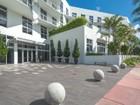 Condomínio for sales at 2001 Meridian Av PH-17    Miami Beach, Florida 33139 Estados Unidos