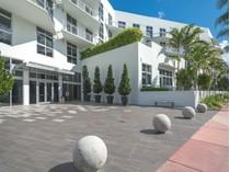 共管物業 for sales at 2001 Meridian Av PH-17    Miami Beach, 佛羅里達州 33139 美國