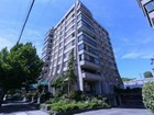 Condominio for sales at Beautiful Corner-Unit Condo 302-1026 Johnson Street Victoria, Columbia Britannica V8V3N7 Canada