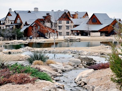 Eigentumswohnung for sales at The Harbor on Possum Kingdom Lake 1633 Scenic Drive  #303 Graford, Texas 76449 Vereinigte Staaten