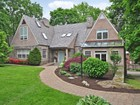 Vivienda unifamiliar for  sales at Move-in Ready 7 BR Gorgeous Home 5234 Blackstone Avenue Riverdale, Nueva York 10471 Estados Unidos