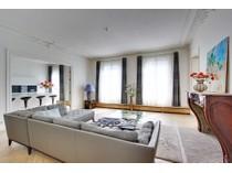 Apartman Dairesi for sales at Apartment - Faubourg Saint Honoré  Paris, Paris 75008 Fransa
