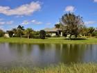 Maison unifamiliale for  sales at Like New Home, 5 Acres, Kennel, Stables, Apartment 4955 69th Court   Vero Beach, Florida 32967 États-Unis