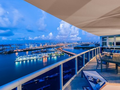 Appartement en copropriété for sales at 400 Alton Road #LPH3 400 Alton Rd LPH3 Miami Beach, Florida 33139 États-Unis