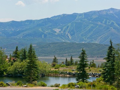 Terrain for sales at One of Promontory's Finest Home Sites 8594 N Marmot Cir  Park City, Utah 84098 États-Unis