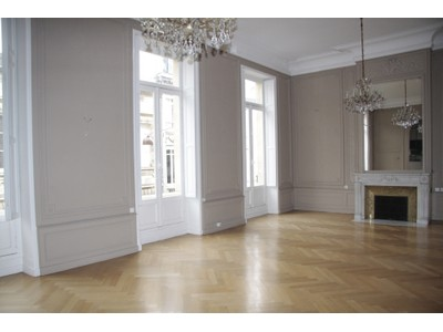 公寓 for sales at Bordeaux Jardin Public - Perfect location  Bordeaux, 阿基坦 33000 法国