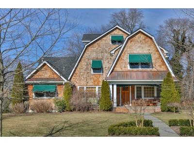 独户住宅 for sales at Spring Lake Shore Colonial 220 Monroe Ave Spring Lake, 新泽西州 07762 美国