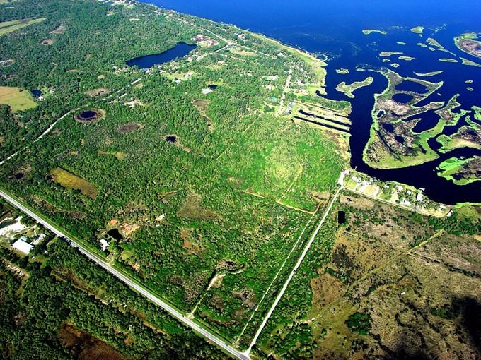 토지 for sales at Geneva, Florida 3940 State Road 46 E Geneva, 플로리다 32732 미국