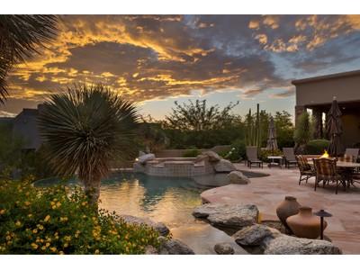 Casa Unifamiliar for sales at Inviting North Scottsdale Residence Exudes Tuscan Warmth & Elegance 11051 E Balancing Rock Rd  Scottsdale, Arizona 85262 Estados Unidos