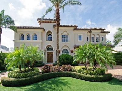 Maison unifamiliale for sales at 2816 NE 37 Ct.   Fort Lauderdale, Florida 33308 États-Unis