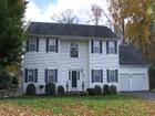 Casa para uma família for  sales at 21 Pequot Court    Monroe, Connecticut 06468 Estados Unidos