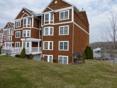 Condominium for sales at Crystal Bay Waterfront Condo 10 Hayestown Road Danbury, Connecticut 06811 United States