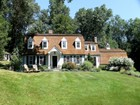 Maison unifamiliale for  sales at A True Connecticut Classic 102 Cheesespring Road   Wilton, Connecticut 06897 États-Unis