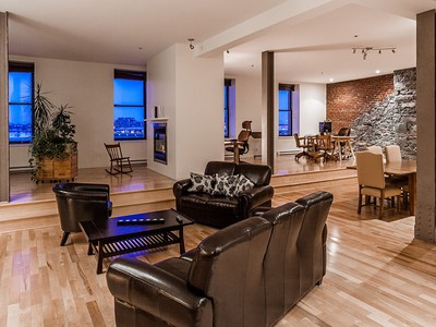 Apartamento for sales at Montreal 64 Rue St-Paul O., apt. 408 Montreal, Quebec H2Y4B8 Canadá