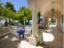 Частный односемейный дом for sales at Villa LaBarba 3300 Palos Verdes Drive West   Rancho Palos Verdes, Калифорния 90275 Соединенные Штаты