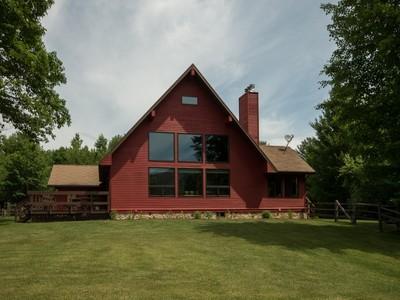 Casa para uma família for sales at 650 Grove Road  Jay, Nova York 12941 Estados Unidos