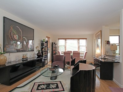 Nhà tập thể for sales at Sunny & Renovated 2 BR with Terrace 3850 Hudson Manor Terrace 4GE  Riverdale, New York 10463 Hoa Kỳ
