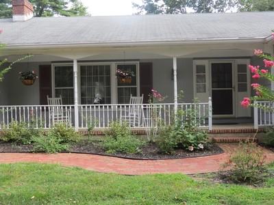 Casa para uma família for sales at Ranch in park like setting 44 Dana Lane  Colts Neck, Nova Jersey 07722 Estados Unidos