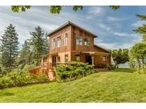 Villa for sales at Live Edge Bluff 7030 Sills Road   Clinton, Washington 98236 Stati Uniti