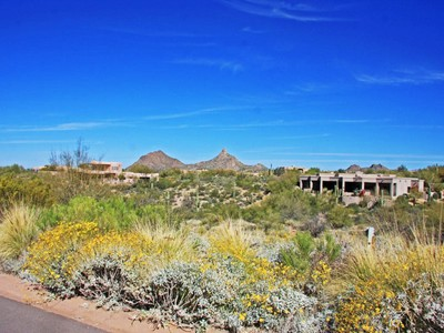 Land for sales at Beautiful Homesite in Exclusive Guard Gated Glenn Moor in Troon Village 10801 E Happy Valley Rd #138 Scottsdale, Arizona 85255 United States