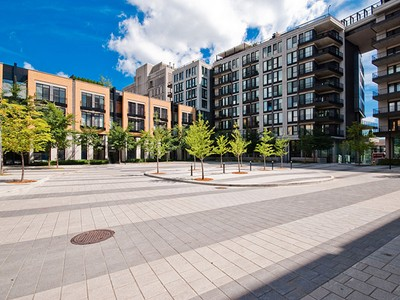 Condominium for sales at Le Plateau-Mont-Royal 333 Rue Sherbrooke E., apt. M2-907 Montreal, Quebec H2X4E3 Canada