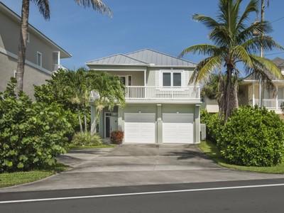 단독 가정 주택 for sales at Charming Ocean to River Home 12890 Highway A1A  Vero Beach, 플로리다 32963 미국
