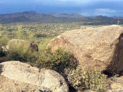 Terreno for sales at 4.91 Acres in the Premier Subdivision in Carefree and Cave Creek Lot 1 Hawksnest Drive #1 Cave Creek, Arizona 85331 Stati Uniti