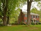 Einfamilienhaus for sales at Beautiful Brick 120 Battle Avenue Warrenton, North Carolina 27589 Vereinigte Staaten